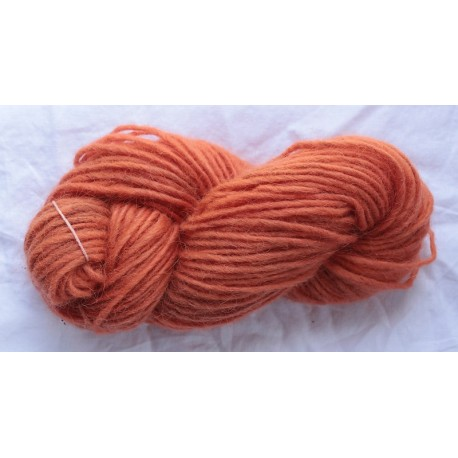 1 ply wool - Light red