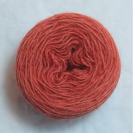 20/4 wool - Medium red
