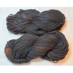 3-ply french wool Fado - Madder + Indigo with tie and dye effect
