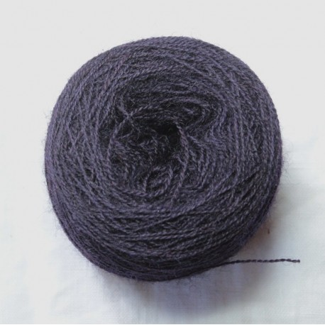 20/2 wool - Very dark purple